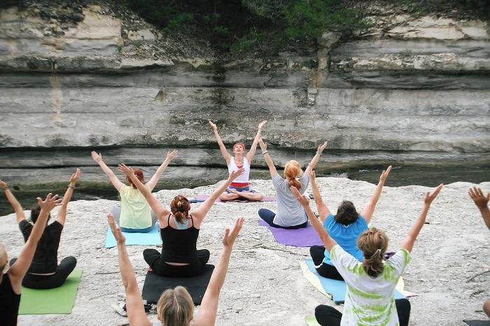 Right Yoga Teacher Training Program