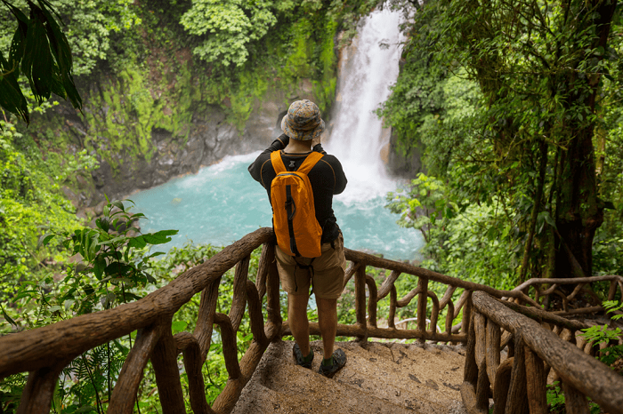 hikeing trails in costa rica