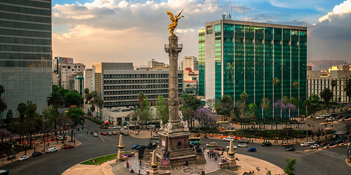 Smack Dab In The Center — Mexico City