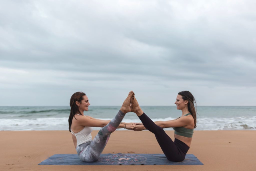 right yoga clothing is must to pack for yoga retreats