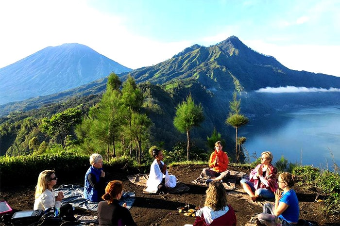 Intuitive Flow yoga retreat Indonesia