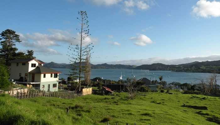WHANGAREI HEADS YOGA RETREAT, NEW ZEALAND