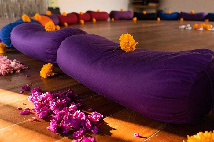 yoga dunia yoga retreats in indonesia
