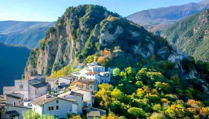 ABUNDANCE YOGA RETREATS, ITALY